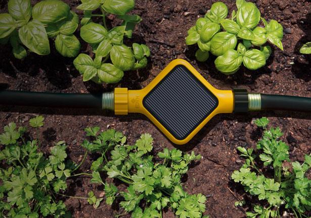 edyn-solar-powered-smart-garden-system-by-fuseproject1