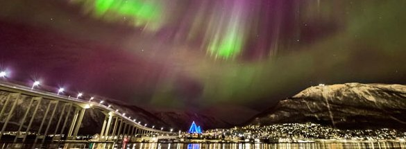 Northern-lights-in-Tromso-in-Northern-Norway-740